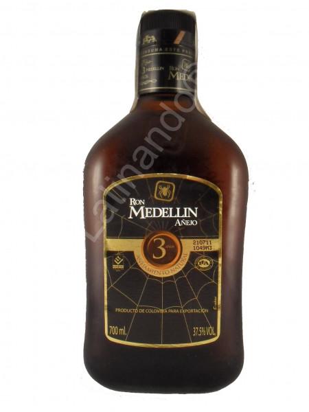 Rum Medellin Anejo - 3 Jahre - 700ml